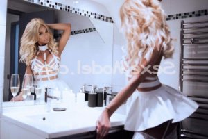 Giannina escort massage érotique à Nantes