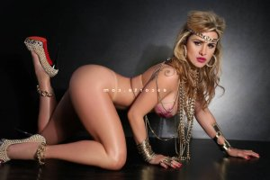 Zina massage tantrique escorte